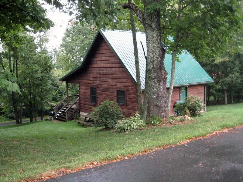 Parkway cabins boone and blowing rock nc parkway for Boone cabin rentals nc